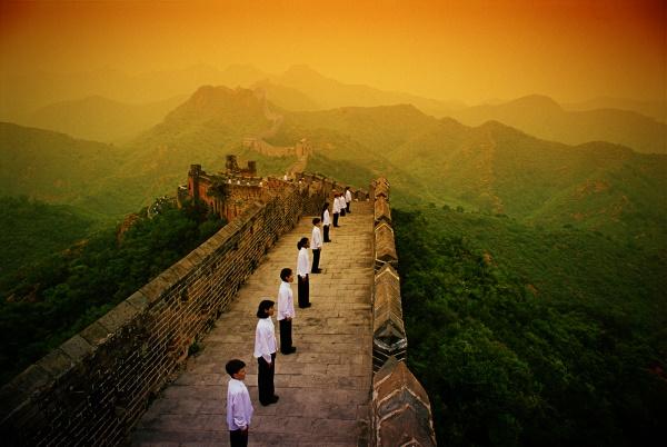 Глобальная экспансия мобильной связи мобилизует Китай