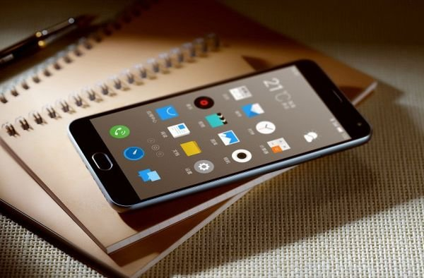 Компания Meizu представила новый гигантофон M2 Note