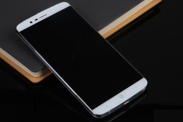 20 июня состоится релиз нового смартфона Р8000