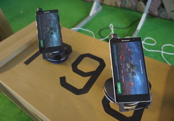 Компания Lenovo провела самую необычную презентацию нового смартфона