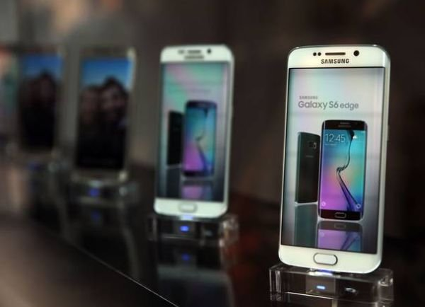 Samsung Galaxy S6 плохо продается