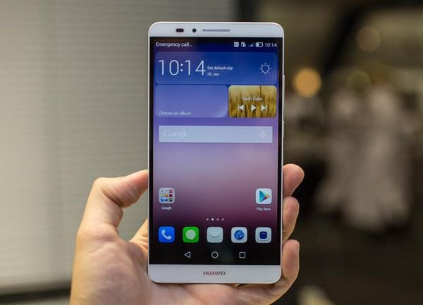 Huawei заняла 3-место по продажам телефонов