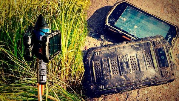 Смартфон-экстремал Senseit R390