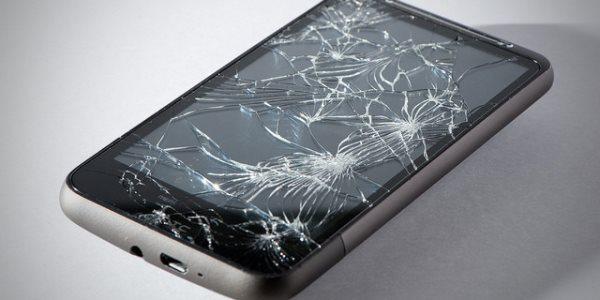 сломался смартфон